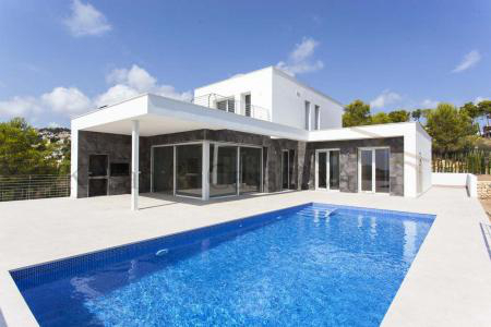 Moraira / Teulada- A contemporary Villa, bright and airy, with openspaces, ideal for modern living pic 1