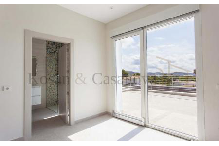 Moraira / Teulada- A contemporary Villa, bright and airy, with openspaces, ideal for modern living pic 10