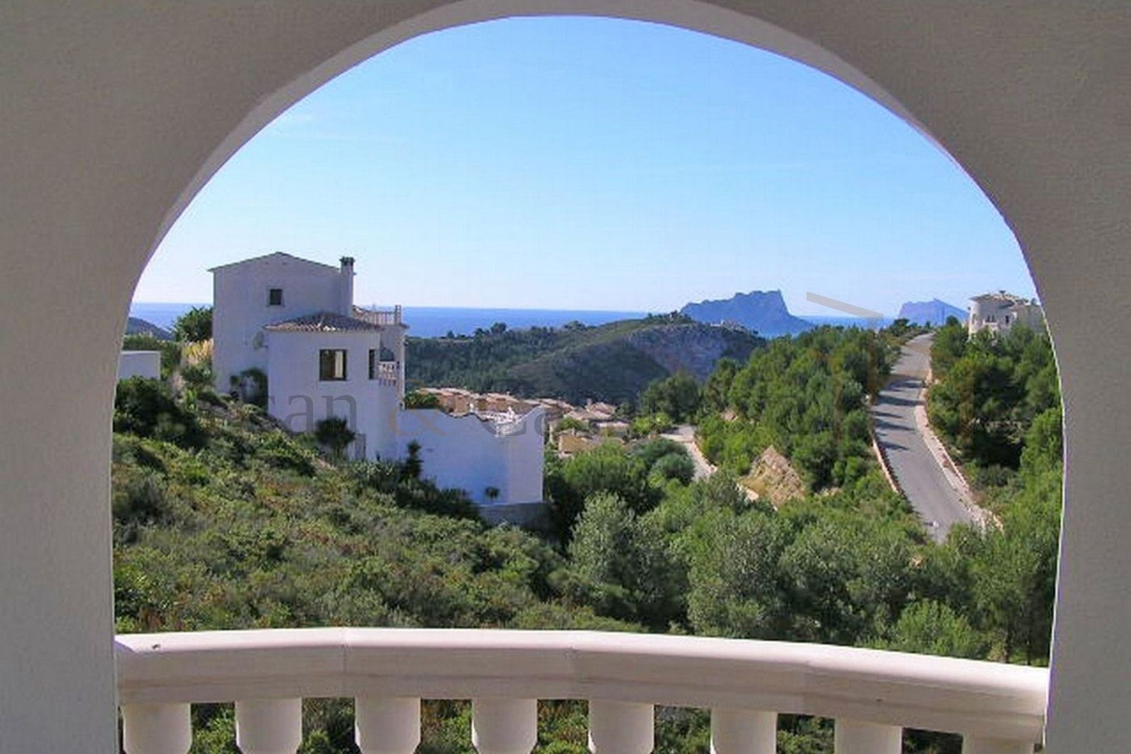 Benitachell- Ready-to-move new villa with sea views on the Costa Blanca pic 4