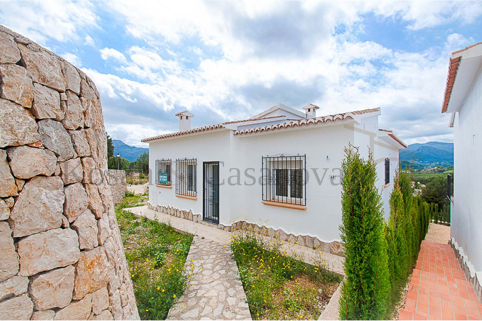Murla- Detached villas, ready to move into on the Costa Blanca pic 1