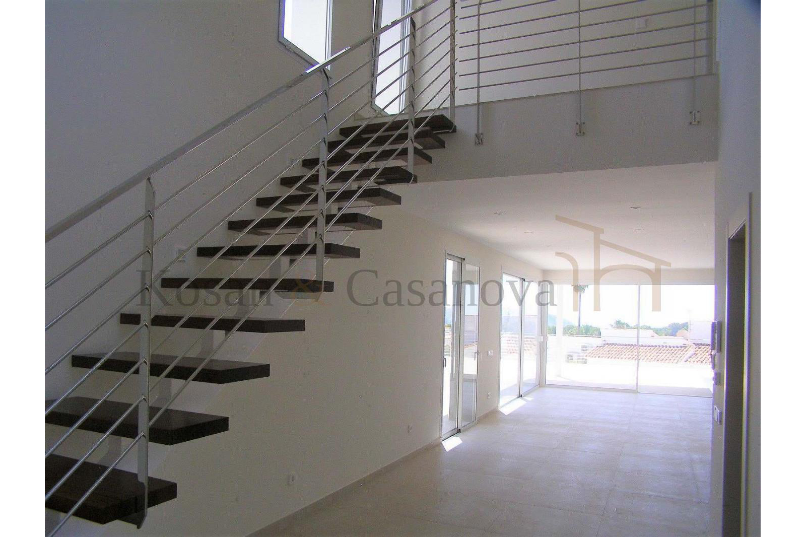 Moraira / Teulada- A contemporary Villa, bright and airy, with openspaces, ideal for modern living pic 12