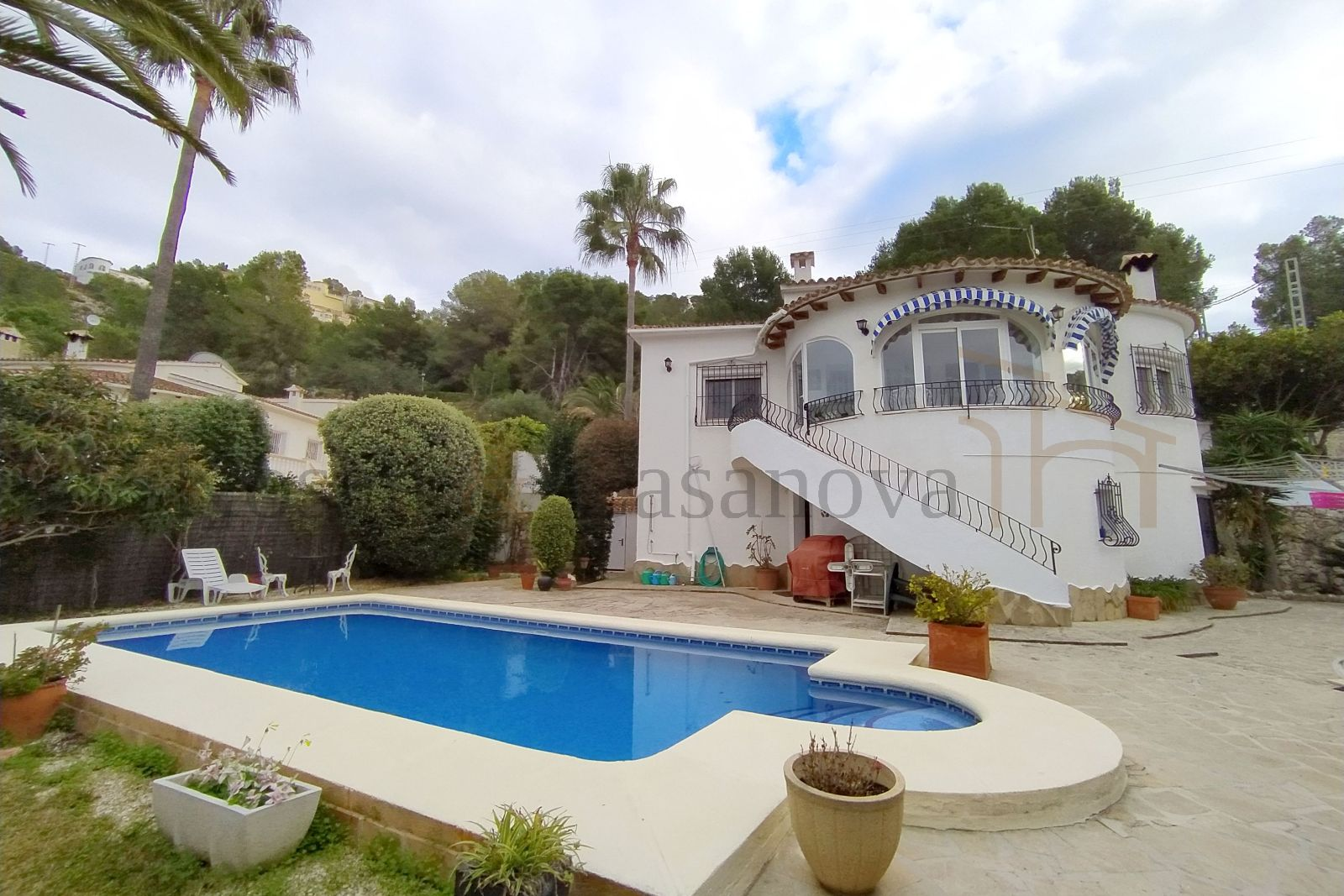 Moraira / Teulada - Villa with lots of privacy and a separate apartment in Teulada